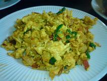 インドラ 野菜と卵のスパイシー炒め.JPG