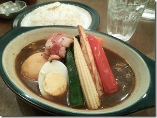 ZORA こだわりベーコンとチーズイモモチのカレー(5番 800円[プレオープン価格])